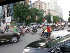 Street chaos Hanoi-style!